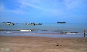 Pantai Gandoriah Pariaman