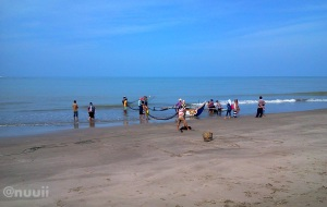 Pantai Gandoriah Pariaman4